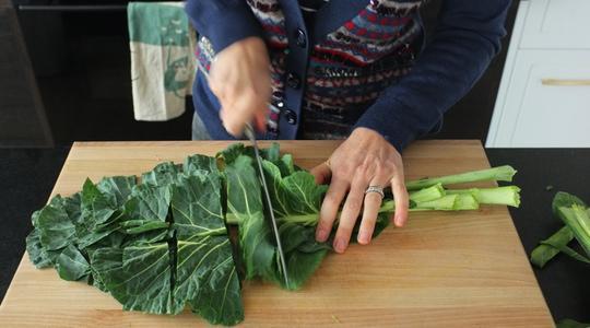 Từ giảm cân đến giải độc cơ thể, đây là 7 công dụng thần dược của loại rau cải phổ biến ở Tây Ban Nha và đang được trồng nhiều ở Đà Lạt những năm gần đây - Ảnh 1.