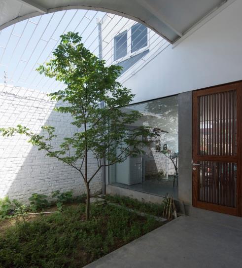 Ngôi nhà có thiết kế lạ tại Hải Phòng đẹp hút hồn xuất hiện trên báo Mỹ - Ảnh 4.