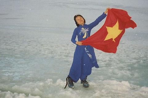 Người phụ nữ Việt Nam đầu tiên đặt chân tới Nam Cực vừa nhận được học bổng Quỹ Obama danh giá - Ảnh 1.