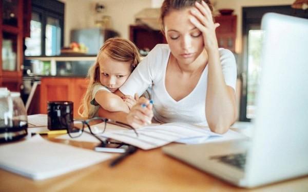 Thói quen cực xấu của dân văn phòng - không chỉ gây hại sức khỏe mà còn ảnh hưởng đến hạnh phúc gia đình - Ảnh 3.