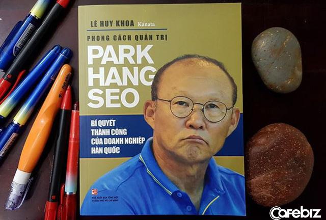 Ông Park Hang-seo cấm học trò biện minh cho thất bại, thấy học trò viện lý do, ông dùng tay bịt miệng họ lại - Ảnh 1.