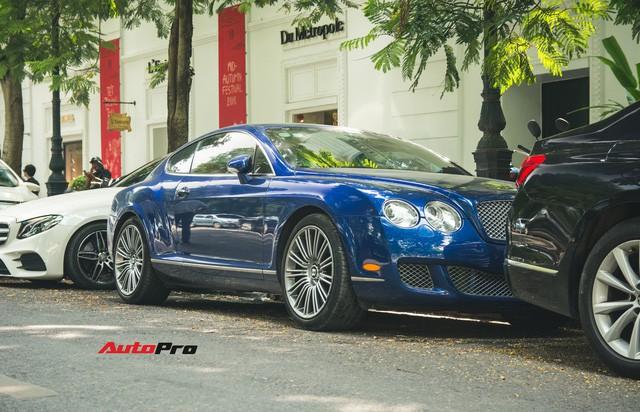 Bentley Continental GT Speed màu xanh hàng hiếm trên đường phố Hà Nội - Ảnh 2.
