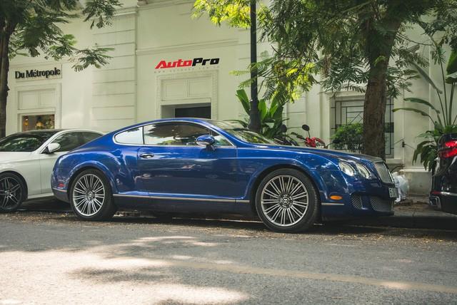 Bentley Continental GT Speed màu xanh hàng hiếm trên đường phố Hà Nội - Ảnh 3.