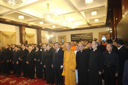 TP HCM: Hàng ngàn người dự Lễ truy điệu Chủ Tịch nước Trần Đại Quang - Ảnh 2.