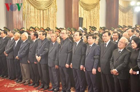 Trực tiếp: Đưa linh cữu Chủ tịch nước Trần Đại Quang về quê nhà - Ảnh 39.