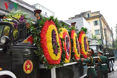 Trực tiếp: Đưa linh cữu Chủ tịch nước Trần Đại Quang về quê nhà - Ảnh 60.