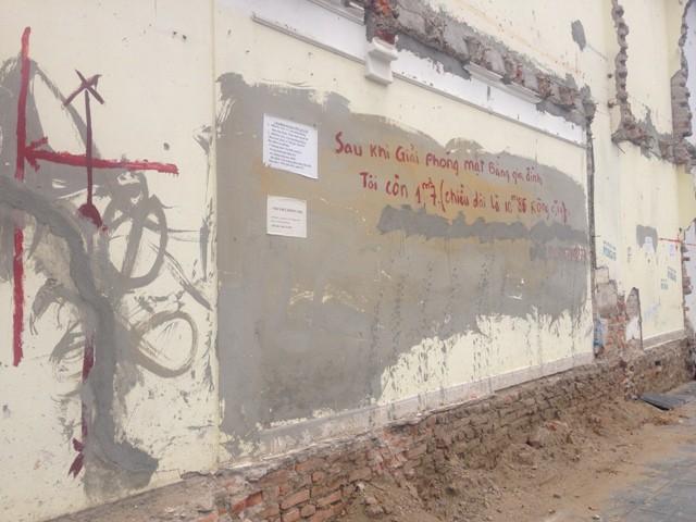 Những bức tường siêu mỏng đắt hơn vàng ở Hà Nội khiến thế giới cũng phải chào thua - Ảnh 2.