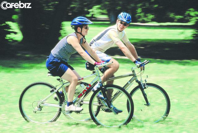 Bài học ý nghĩa từ chiếc xe đạp: Điều quan trọng nhất là bạn phải luôn giữ thăng bằng và để giữ được thăng bằng, bạn phải không ngừng vận động - Ảnh 1.