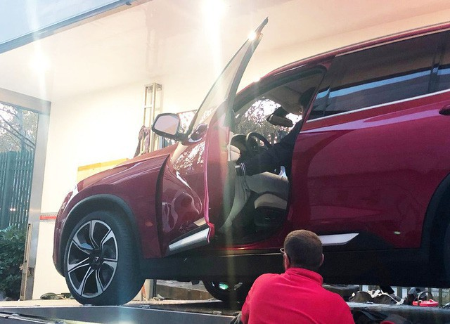 Những hình ảnh thực tế đầu tiên về 2 mẫu xe VinFast tại Paris Motor Show - Ảnh 5.