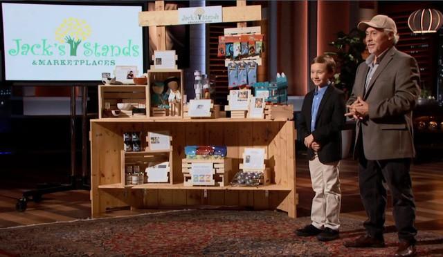 Chân dung cậu bé 10 tuổi lên Shark Tank gọi được 50.000 USD cho startup bán nước chanh với tham vọng sớm lọt top Forbes Under 30 - Ảnh 1.