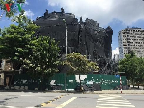 """Biệt thự """"khủng"""" phá vỡ quy hoạch những khu thành thị mới ở Hà Nội - Ảnh 4."""