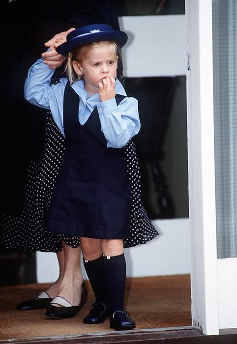 Loạt ảnh ngày đầu tiên đi học siêu đáng yêu của các công chúa, hoàng tử nhí trên thế giới - Ảnh 13.