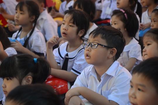 Chủ tịch nước Trần Đại Quang: Giáo dục luôn được đặt ở vị trí trung tâm - Ảnh 17.