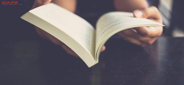 Coi việc đọc là một loại đầu tư, đây là những gì tỷ phú công nghệ Mark Cuban dành 4 đến 5 tiếng để đọc hằng ngày - Ảnh 1.