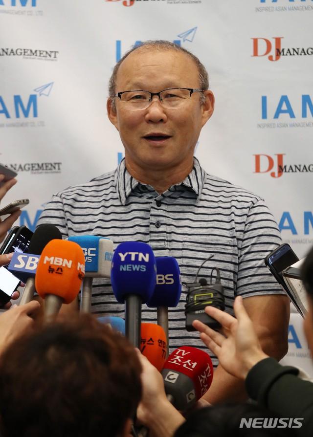 Vừa về Hàn Quốc, HLV Park Hang-seo phát biểu bất ngờ về hợp đồng dẫn dắt ĐT Việt Nam  - Ảnh 3.