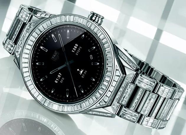 Gần 600 viên kim cương bao phủ chiếc đồng hồ thông minh đắt nhất thế giới: Đẹp tinh tế, vượt mặt cả con cưng của Louis Vuitton - Ảnh 2.