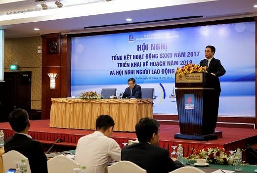 Ông Phạm Tiến Dũng, Tổng giám đốc PVD báo cáo tổng kết trước hội nghị.