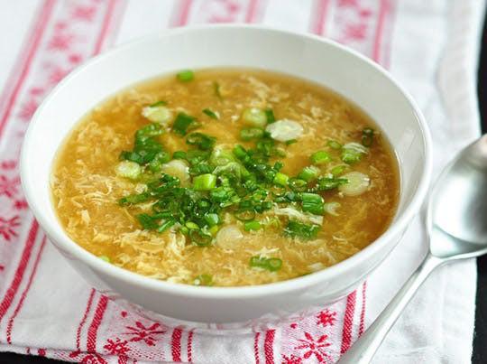 Người Trung Quốc rất ưa chuộng món súp trứng gà vào mùa đông . (Ảnh: Internet)