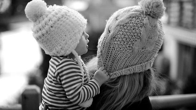 Tình yêu kiểu bao bọc thường tạo ra những những con người vô ơn: Cách thương yêu đúng đắn nhất là nên bớt yêu đi - Ảnh 1.