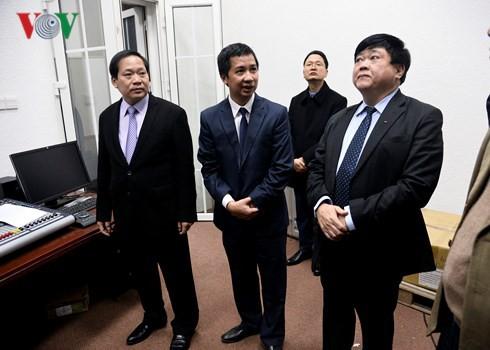 Từ trái: Bộ trưởng Trương Minh Tuấn, Giám đốc Đài VTC Nguyễn Kim Trung và Tổng Giám đốc Nguyễn Thế Kỷ