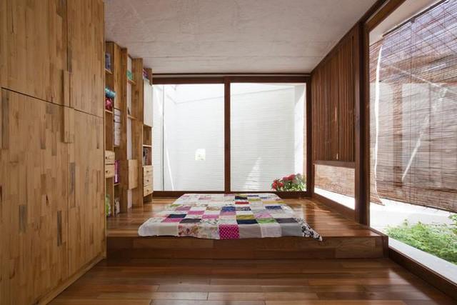Không gian nghỉ ngơi tuyệt đẹp được bố trí trên tầng cao nhất của ngôi nhà.