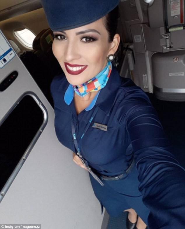 Cuộc sống trong mơ của những nữ tiếp viên hàng không: Xinh đẹp, giàu có lại được đi du lịch khắp nơi trên thế giới - Ảnh 16.