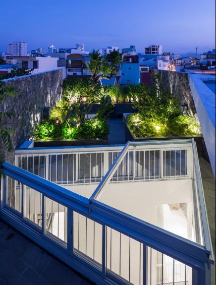 Nhà phố ở Nha Trang gây sốt với thiết kế xanh mướt nhờ những miệt vườn nhỏ - Ảnh 19.