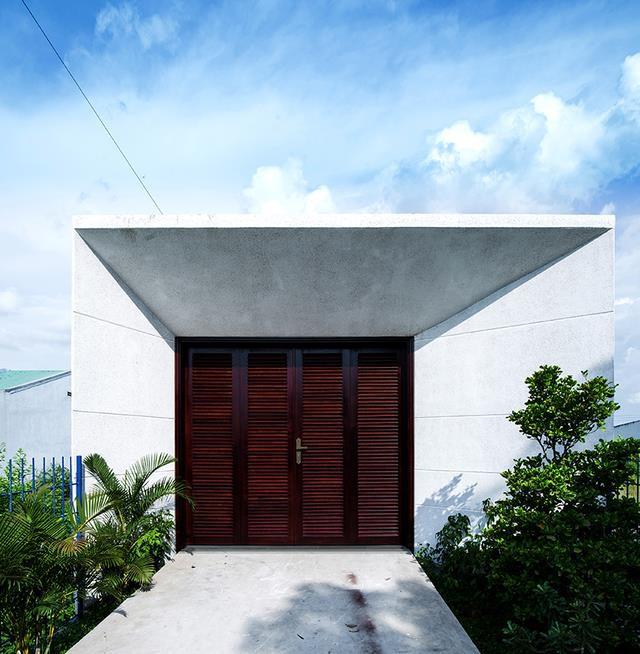 Nhìn bề ngoài ngôi nhà chẳng có gì đặc biệt so với những ngôi nhà cùng khu vực.