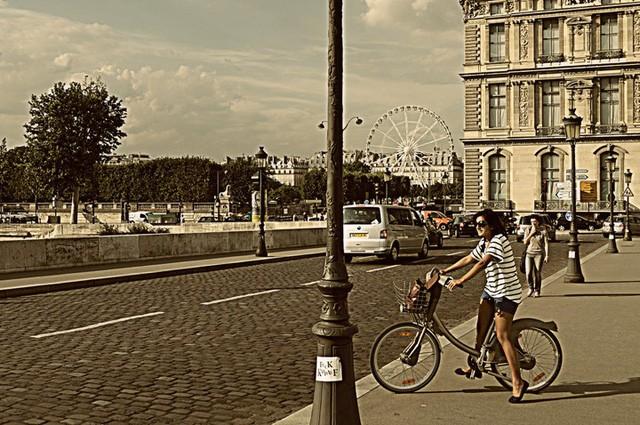 Muốn hạnh phúc? Hãy học theo người Paris: Bớt nhu cầu sẽ hạnh phúc hơn - Ảnh 3.