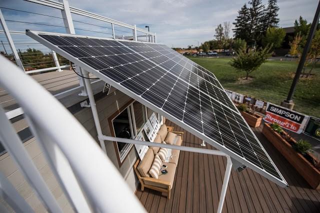 Những tấm pin năng lượng đặc biệt này còn có khả năng dự trữ qua mùa đông khi khi không có ánh sáng mặt trời.