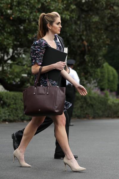 Cô thường xuyên xuất hiện ở Nhà Trắng với diện mạo trẻ trung không thường thấy ở các chính khách.