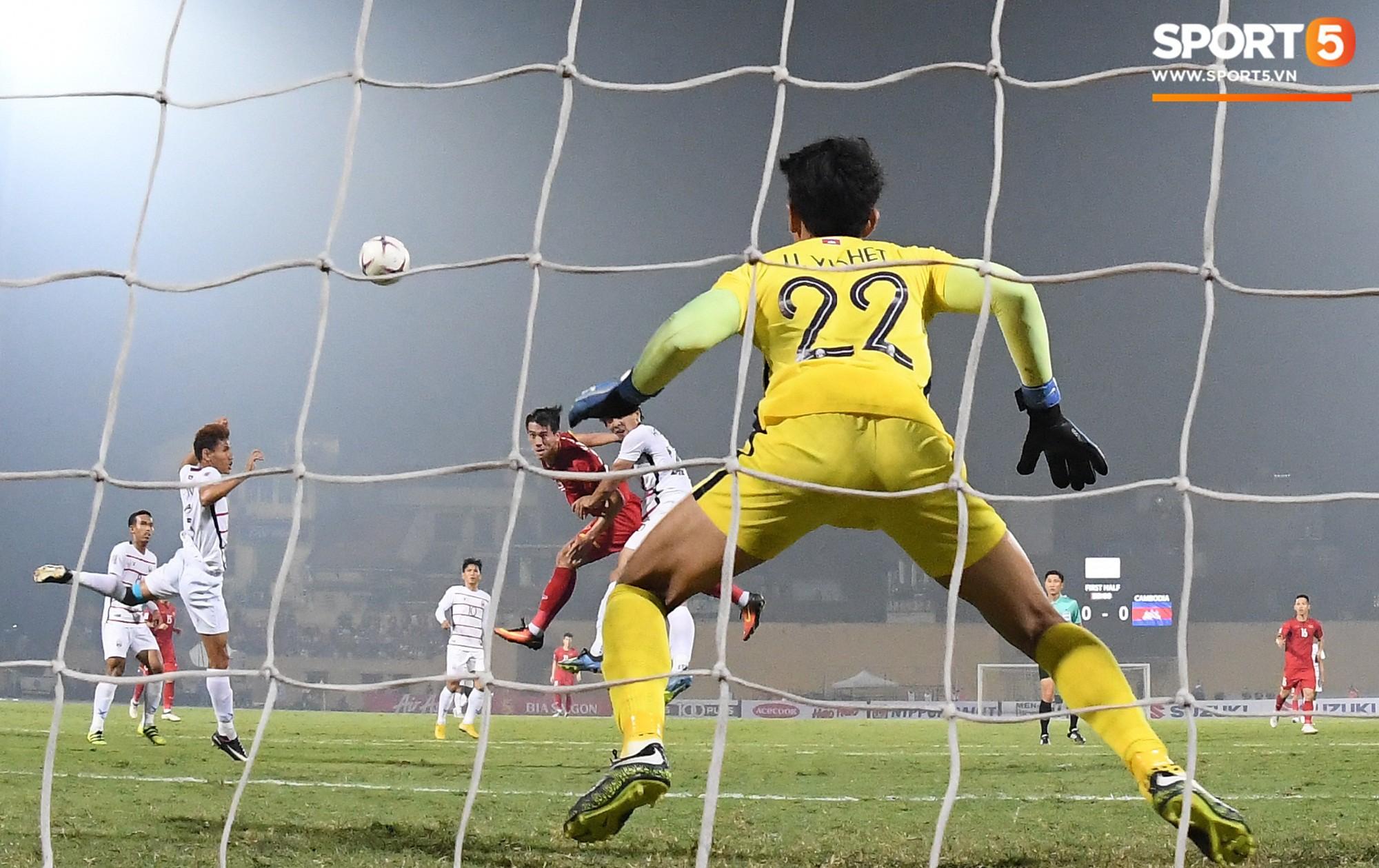 Hành trình kỳ diệu của bóng đá Việt Nam trong năm 2018 qua ảnh - Ảnh