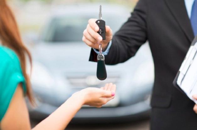 Mua ô tô cuối năm cần lưu ý điều gì để tránh rước bực vào người? - Ảnh 1.
