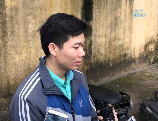 Tới tòa, bác bĩ Hoàng Công Lương nói sức khỏe mình bình thường - Ảnh 3.