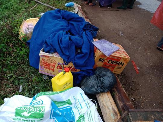 Người dân chặn xe chở rác: 12 quận Hà Nội ảnh hưởng, khó cầm cự tiếp - Ảnh 5.