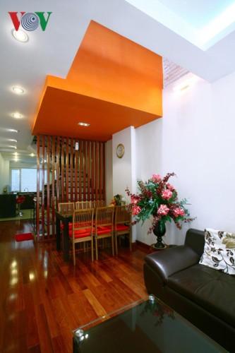 Ngôi nhà sinh động hơn với những điểm nhấn nóng - Ảnh 6.