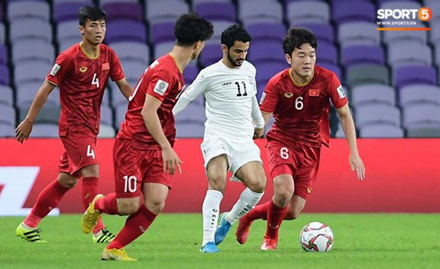 Nhà báo Jordan: Các cầu thủ Việt Nam chạy nhanh như gió. Đá hay chẳng kém gì Hàn Quốc - Ảnh 1.