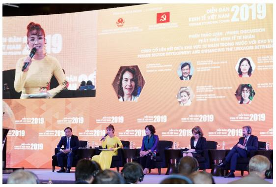 Việt Nam có một tương lai tươi sáng nhờ vào nguồn lực của tư nhân và người dân  - Ảnh 2.