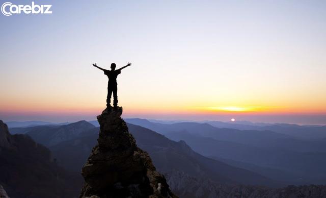 Nghĩ rằng khởi nghiệp có thể tự do, dựa vào sức mình để trở nên giàu có nhưng thực tế ngược lại: Dù cuộc đời khó khăn, nhưng hãy giữ cho mình một tia hi vọng - Ảnh 2.