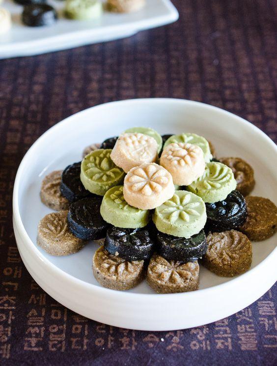 Có một điều phải thừa nhận là các món bánh châu Á truyền thống đều rất cầu kì và tinh tế - Ảnh 16.