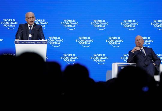 Davos vẫn gọi tên Tổng thống Donald Trump - Ảnh 1.