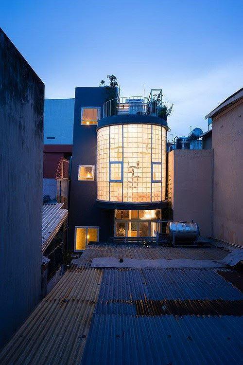Nhà trong ngõ vỏn vẹn 35m2 vẫn có thiết kế đẹp như mơ - Ảnh 1.