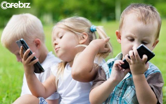 Bác sĩ Việt khẩn cầu: Hãy cứu những đứa trẻ nói giọng Youtube, cha mẹ ơi, xin hãy thức tỉnh! - Ảnh 1.