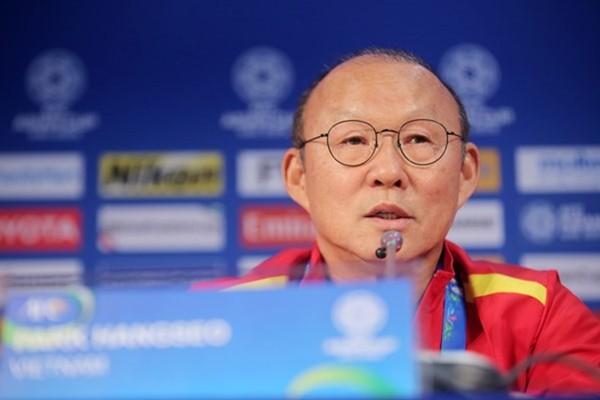 Muốn vượt Thái Lan để dự World Cup, Việt Nam cần giữ chân HLV Park - Ảnh 1.