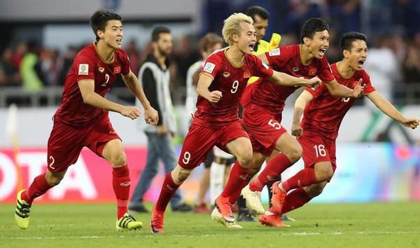 Muốn vượt Thái Lan để dự World Cup, Việt Nam cần giữ chân HLV Park - Ảnh 2.