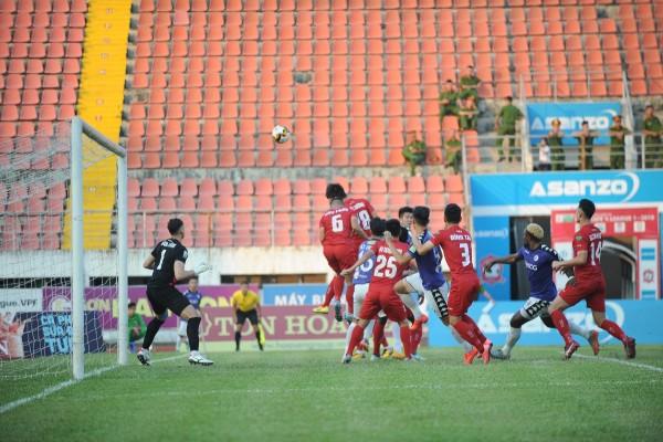 Đặng Văn Lâm sang Thái Lan: Bản hợp đồng lịch sử của bóng đá Việt Nam - Ảnh 1.