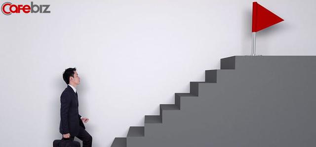 Được hỏi làm doanh nhân tài năng cần yếu tố gì, Shark Linh khuyên: Nên đẩy mình vào tình huống Thôi chết rồi!'' thường xuyên tối thiểu mỗi tháng một lần để tăng kĩ năng - Ảnh 1.