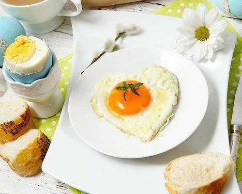 Ăn sáng sai cách là một kiểu phá hoại sức khỏe: 5 sai lầm điển hình trong bữa sáng mà nhiều người vẫn làm hàng ngày - Ảnh 2.