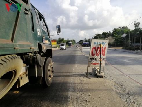 Quảng Ngãi: 3 năm, 6 lần gia hạn vẫn chưa xong 18 km các con phố - Ảnh 1.