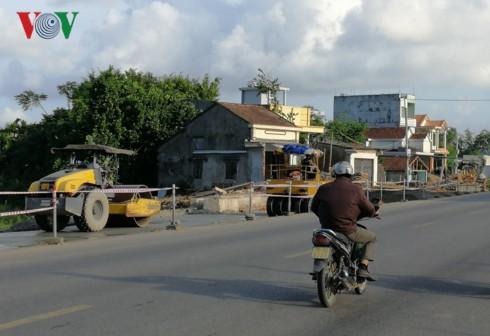 Quảng Ngãi: 3 năm, 6 lần gia hạn vẫn chưa xong 18 km các con phố - Ảnh 2.